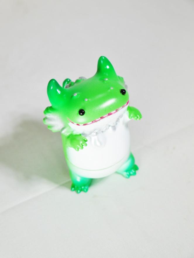 vag-vinyl-artist-gacha-s9-instinctoys-rangeasxbyron-rangeron-baby-green-02
